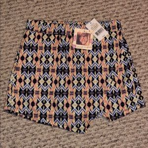About a girl Los Angela's Dress Skort NWT Size M